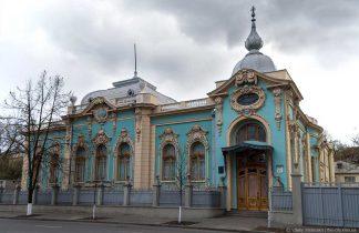 Пример рустованных фасадов в Киеве. Строительные профили и уголки в интернет-магазине А2+-4