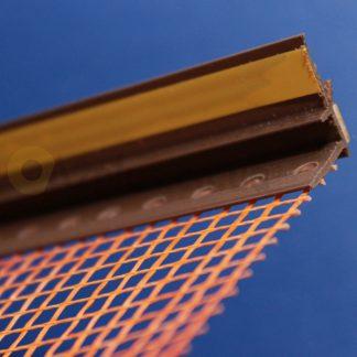 Профиль оконного примыкания коричневый6 мм 2,5 м с сеткой 6 мм ◼ фото